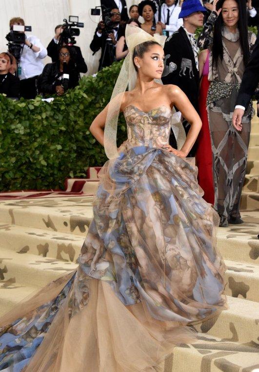 Ariana-Grande-Met-Gala-Dress-2018 (1).jpg
