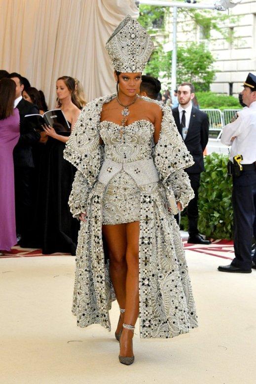 Rihanna-Margiela-Met-Gala-Dress-2018